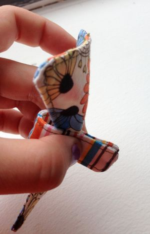 Fabric Bow Bracelet Tutorial {Mini Pip}