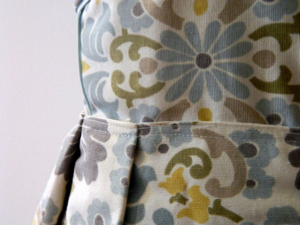 ''beautiful print for a wedding'' dress -mini pip
